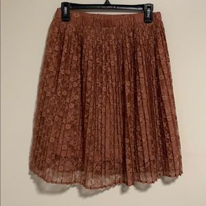 Forever 21 Exclusive Lace, Pleated Skirt